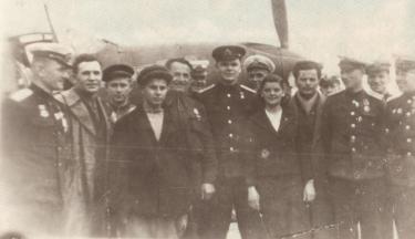 Войтенко Вручение самолетов - копия.png